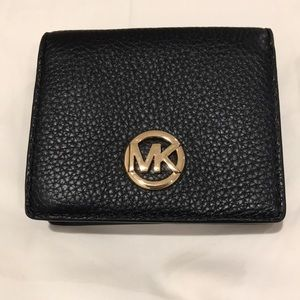 Michael Kors Wallet. Black. New without Tag.